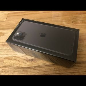 Apple iPhone 11 Pro Max - 512GB - Space Gray
